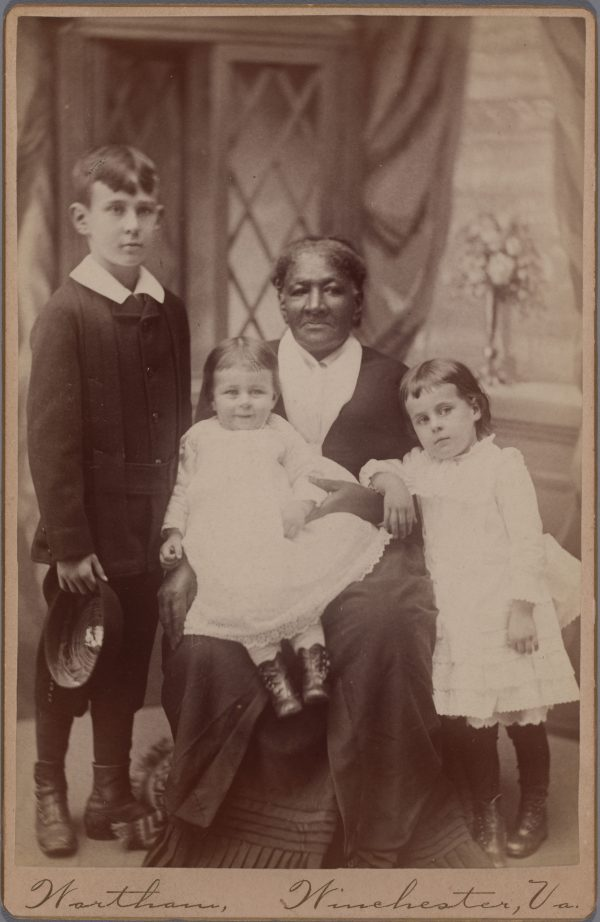 BCMA Accession #: 2020.22.2, John B. Wortham, African American Woman (Nanny) & Three White Children, late 19th century, cabinet card, 4 1/4 x 6 1/2 in. (10.8 x 16.51 cm), Bowdoin College Museum of Art, Brunswick, Maine, Museum Purchase, Gridley W. Tarbell II Fund, Photography by Luc Demers.